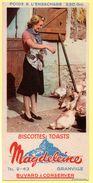 Buvard Magdeleine, Biscottes Toasts. Granville.  Illustration : Fermière Nourrissant Les Poules De La Basse-cour. - Biscottes