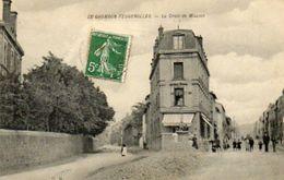 CPA - Le CHAMBON-FEUGEROLLES (42) - Aspect Du Carrefour De La Croix De Mission En 1907 - Le Chambon Feugerolles