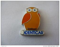PINS IDENTICAR  CHOUETTE HIBOU A.B. Arthus Bertrand / 33NAT - Badges