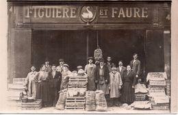 Personnel De L'épicerie Figuiere Et Faure (sans Doute à Suresnes Ou Puteaux ) - Métiers