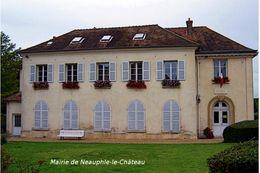 Mairie De Neauphle-le-Château - Carte Photo Moderne - Neauphle Le Chateau