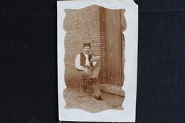 Z-305 / Bourg-Lèopold. - Camp De Berverloo - Militaria Soldat Au Repos ! ( Fume La Pipe )  / Circulé 1909 - Leopoldsburg (Camp De Beverloo)