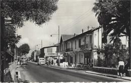 76- CROS-DE-CAGNES - La Nationale 7  -ed. Real Photo - Otros Municipios