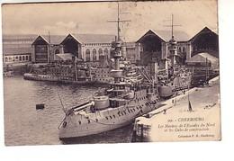 Cherbourg Les Navires De L'escadre Du Nord Et Les Cales De Construction (torpilleur ? - Guerra