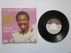 """Disque Vinyle 45T 1981. RICHARD """"DIMPLES"""" FIELDS. SHE'S GOT PAPERS ON ME / I'VE GOT TO LEARN TO SAY NO. Bon Etat - Soul - R&B"""