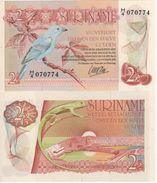 SURINAME   2.50   Gulden  P119    1985   UNC - Surinam