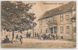 Bonyhad. Detail Of Vorosmarthy Square - Hongarije