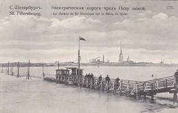 ST. PETERSBOURG. LE CHEMIN DE FER ELECTRIQUE SUR LA NEVA, EN HIVER. CIRCA 1910. TBE -BLEUP - Estland