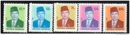 INDONESIE - 1980 - N°878/882 ** Président Suharto - Indonesia