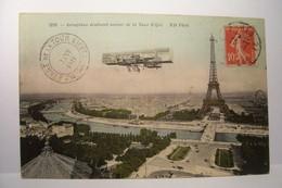 PARIS   --- Aéroplane évoluant Autour De La Tour  Eiffel  - AVIATION - - Tour Eiffel