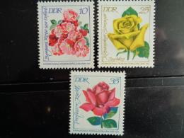 DDR 1972 Y&T N° 1468 à 1469 A ** - FLEURS - [6] République Démocratique