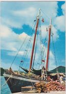 Antilles Radieuses , Embarquement  Du  Coprah  (  Bateau  Marilin) - Cartes Postales