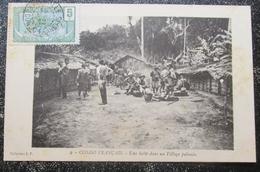 Congo Français Halte Village Pahouin Cpa Timbrée - Congo Français - Autres