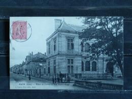 F17 - Auch - Palais De Justice Et Rue Victor Hugo - 1904 - Auch