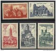 """FR YT 772 à 776 """" Cathédrales - Basiliques """" 1947 Neuf** - France"""