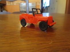 BX14 Jouet De Bazar, Universal Jeep Dulcop Producs, Made In Italy, 7 Cm - Oud Speelgoed