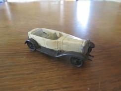 BX10 Huilor, Alfa Roméo GC 1750, 1930 - Toy Memorabilia