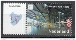 Nederland - Uitgiftedatum 12 September 2016 - 100 Jaar Schiphol - Schiphol 1985 - MNH - Tab Links - Periode 2013-... (Willem-Alexander)
