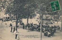 G133 - 18 - SAINT-AMAND - Cher - La Place Du Théatre Un Jour De Musique - Saint-Amand-Montrond