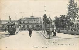 RENNES LA GARE  PASSAGE DU TRAMWAY - Rennes