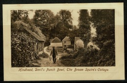 RB 1178 -  Early Postcard - The Broom Squire's Cottage Devil's Punch Bowl Hindhead - Surrey - Surrey
