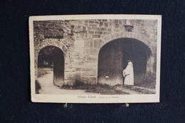 Z-333 / Belgique Luxembourg - Florenville, Abbaye D'Orval -  Entrée De La Porterie / Circulé  19?.- - Braives