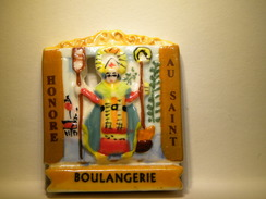 Fève.Boulangerie. Au St Honoré -  Fève Ancienne   (TPL4.3) - Fèves