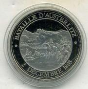 Médaille Comemo,napoléon Bonaparte..BATAILLE D AUSTERLITZ ,(très Bon état Les Trace Sont Dû A Mon Scann.) - Royal / Of Nobility