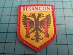 PUB 615 Ecusson Publicitaire Années 60  FROMAGERIE FINAS / BLASONS DE FRANCE LES VILLES N°71 BESANCON - Magnets
