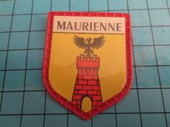 PUB 615 Ecusson Publicitaire Années 60  CAFE MAURICE / ECUSSONS DE FRANCE LES PROVINCES N°31 MAURIENNE - Magnets