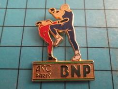 Pin413f Pin's Pins / Rare Et De Belle Qualité !!!  SPORTS : BOXE FRANCAISE BNP PARIS ASC - Boxing