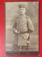Foto Soldat WW1 Mit Mütze Und Bajonett Atelier Rembrandt Münster Westfalen Ca. 1915 - Uniformen