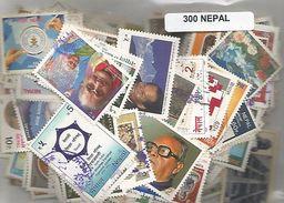 Lot De 300 Timbres Du Nepal - Népal