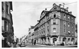 "68 - COLMAR : Restaurant "" CHEZ ALFRED "" ( A. Griss ) 2 Rue Du Logelbach - CPSM Photo Noir Blanc Format CPA - Haut Rhin - Colmar"