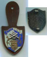 114 INSIGNE MATERIEL 410° Compagnie De Réparation Divisionnaire, Dos Guilloché EN EMAIL - Armée De Terre