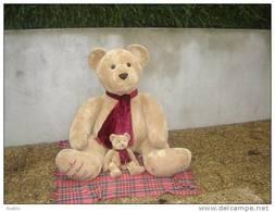 JOUET ANCIEN / OURS GEANT EN PELUCHE / MARK ET SPENCER N°25/40 / HT ASSIS 130 CM / PARFAIT  ETAT - Teddybären