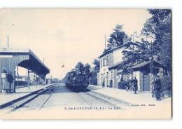 CPA 44 Sainte Pazanne La Gare Et Le Train - Otros Municipios