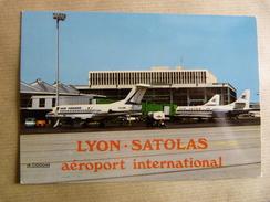 AIRPORT / FLUGHAFEN / AEROPORT    LYON SATOLAS     CARAVELLE AIR INTER - Aerodromi