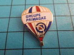 Pin513b Pin's Pins / Rare Et De Belle Qualité !!!  MONTGOLFIERE / BALLON LIBRE TRICOLORE GROUPE PRIMAGAZ - Airships