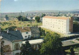 CPSM Dentellée - HUNINGUE (68) - Aspect De La Résidence Briand, La Mairie Et Village Neuf Dans Le Fond - 1978 - Huningue