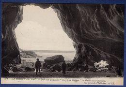 """29 CLEDEN-CAP-SIZUN Baie Des Trépassés """"Corrigan Grouan"""" La Grotte Aux Graviers, Vue Prise De L'intérieur - Animée - Cléden-Cap-Sizun"""