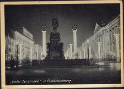 Carte Photo Croix Gammée Unter Den Linden In Festbeleuchtung Propagande YT Allemagne 747 CAD Tag Der Briefmarke 1943 - Germany