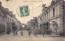 CPA 37 VERNOU LA MAIRIE ET L ECOLE 1908 - France