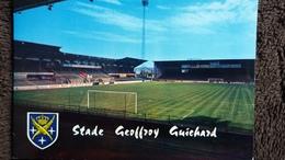 CPSM STADE GEOFFROY GUICHARD SAINT ETIENNE BLASON - Stades