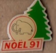 Pin's Magasins :mammouth  Noel 91  P28 - Pins