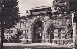 CPA Lille, L'Hôpital De La Charité (pk40350) - Lille