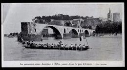 ANNEES 20  --  LES PONTONNIERS SUISSES DESCENDANT LE RHONE DEVANT AVIGNON  3M813 - Old Paper