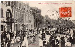 Lot De 4 Cpa De La Ville LE POULIGUEN  Jour De Procession .rue Pont   .magasin Arbez. L Eglise - Le Pouliguen
