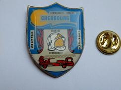 Beau Pin's , Pompiers SP De Cherbourg , Manche , Camion échelle - Pompiers