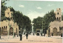 AVIGNON  Entrée De La Ville Et Rue De La Republique Tram Liqueur Benedictine Colorisée L.V. & Cie RV  Aqua Photo - Avignon